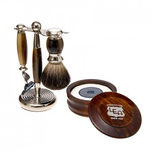Brown 3pcs Set 3 Blade with Wood Shave Bowl and Soap Puck 300x300 Contact Us